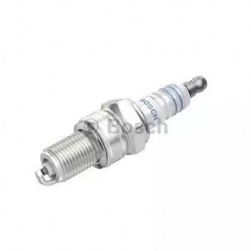 Bosch Super Plus Spark Plug WR7DC+ ( +1 ) Replaces WR7DC